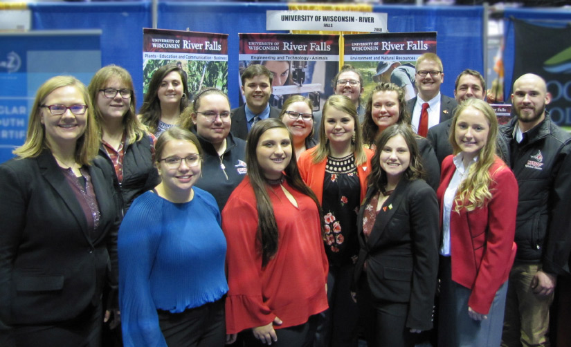 UWRF Students at CAFES Booth during the 2019 National FFA Convention