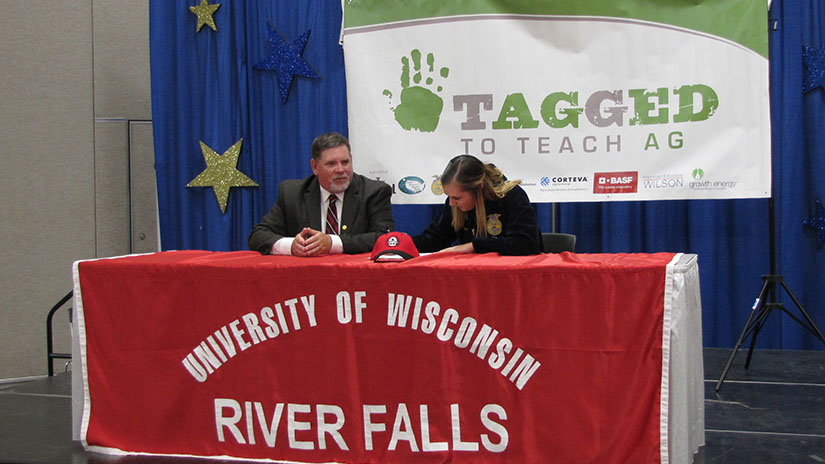 Picture of the 2019 Teach Ag Signing Event