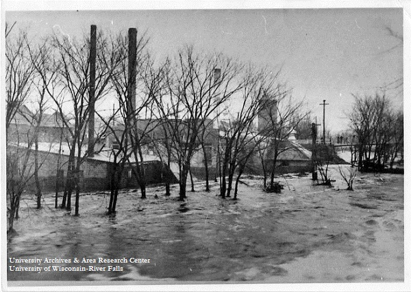 River Falls flood, taken April 5, 1934