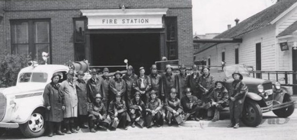 Members of the RFFD, successor of the Pioneer Hook and Ladder Company, no. 1.