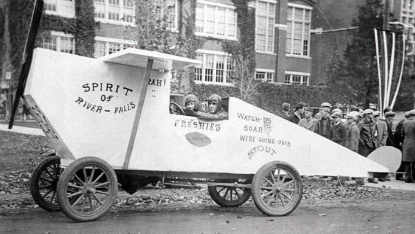 "1928 Homecoming, ""Spirit of River Falls"""