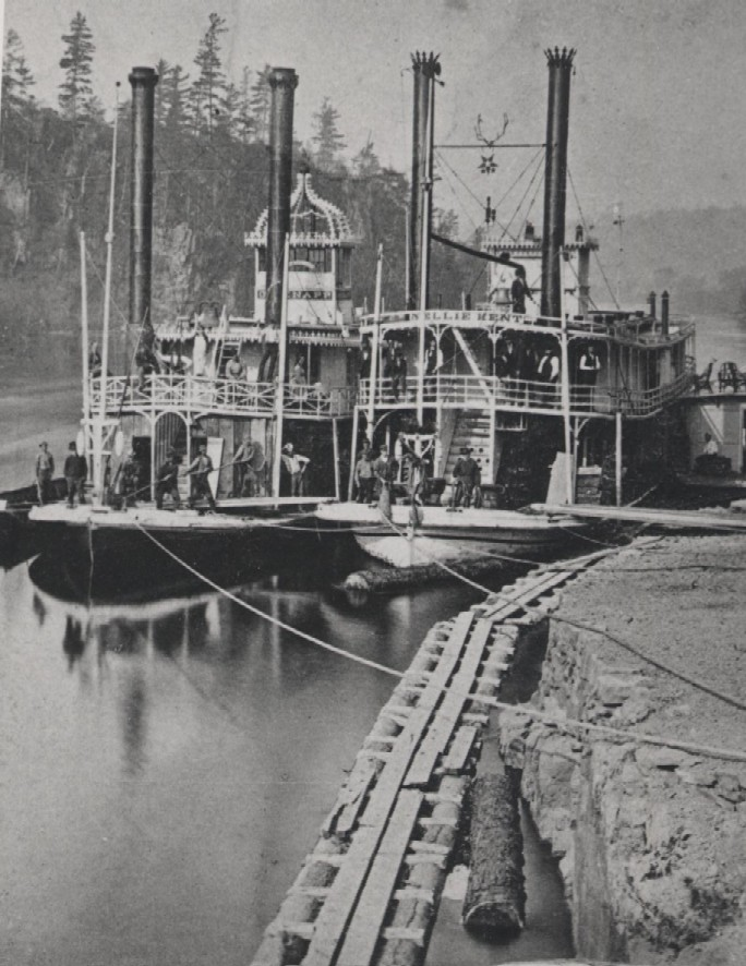 Paddle Wheeler at Osceola