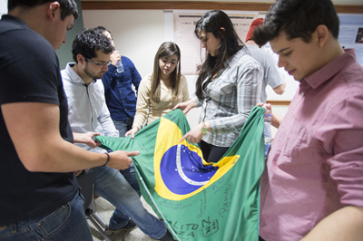 Brazilian students research Posters 012014 kmh 9
