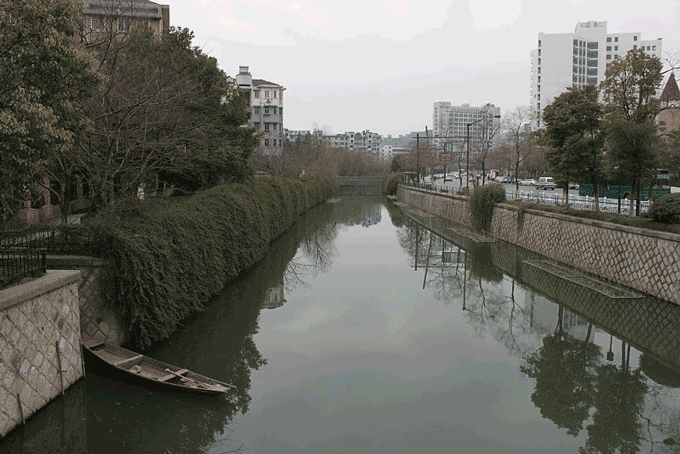 Hangzhou is a city of canals. This one is near Zhejiang International Studies University where you will be living.