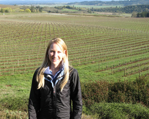 Patty Skinkis in vineyard_hortizontalweb